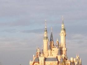 上海有亚洲硬件最好的迪士尼乐园,仅此而已