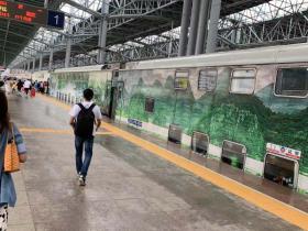 出发去丽江:第一次坐双层火车
