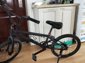 纪念一下我组装并卖掉的第一辆BMX自行车